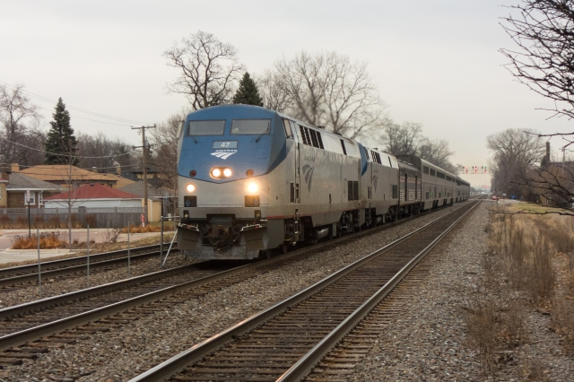 Westbound Amtrak making tracks in Riverside, Illinois