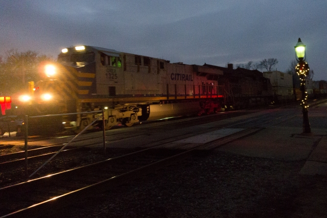 Last pic of the day. Citirail inbound on the BNSF Transcon at Riverside, IL