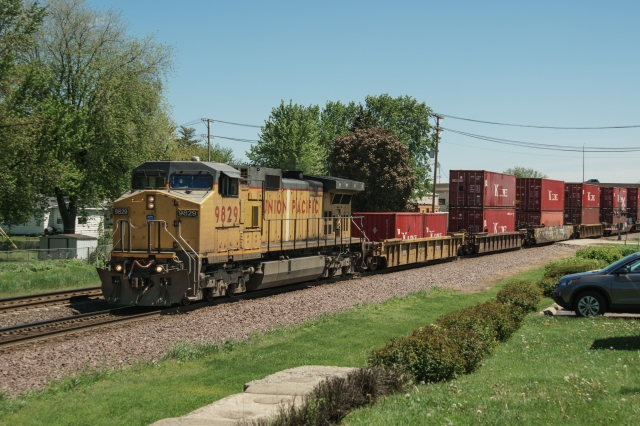 Westbound Union Pacific at Rochelle Railroad Park, Illinois