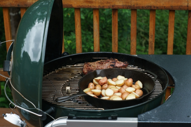 Tri-Tip Roast and pan roasted potatoes on the Weber Performer