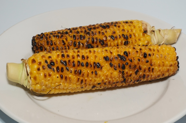 Grilled corn on the cob to go with the grilled chicken