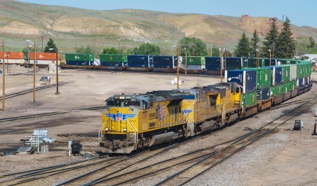 20160621 ILCA-77M2 28-135mm F4-4.5 2016 Summer Trip - Ogden to Cheyenne DSC07594-Edit