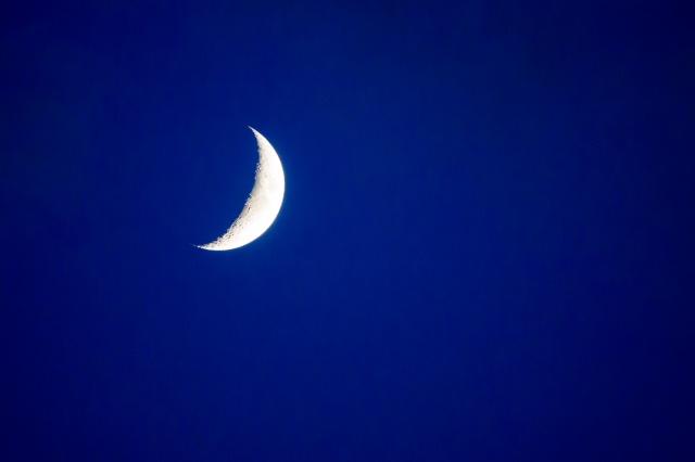 20180617-crescent-moon-018