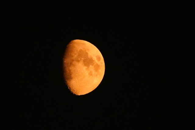 20180820_Smoky Moon__RXX3167