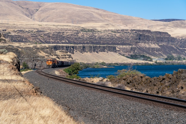 Westbound BNSF grain train at Columbia Hills Historical State Park, WA. Columbia Gorge